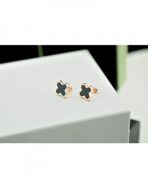 Van Cleef&Arpels Earrings #490008