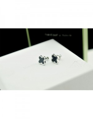 Van Cleef&Arpels Earrings #490009