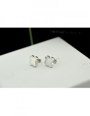 Van Cleef&Arpels Earrings #490010