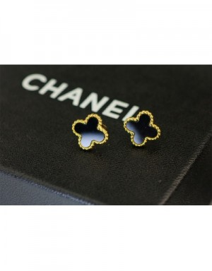 Van Cleef&Arpels Earrings #490016