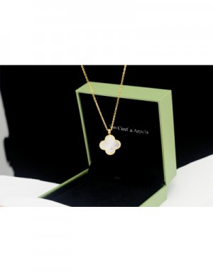 Van Cleef&Arpels Necklaces #490335