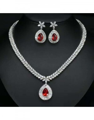 Van Cleef & Arpels Quality Necklace & Earrings #538129