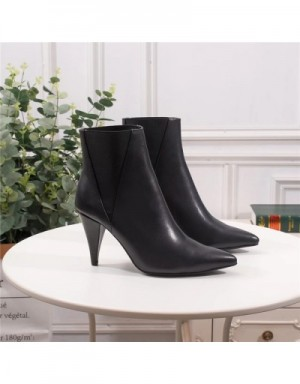 Yves Saint Laurent Boots For Women #709453