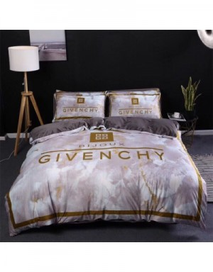 Givenchy Bedding #713367