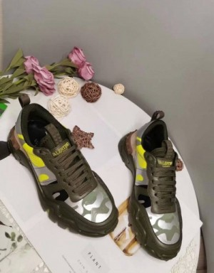 Valentino Casual shoes For Women #727820