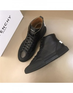 Givenchy High Tops Shoes For Men #731682