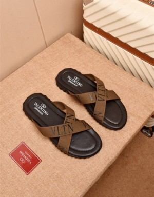 Valentino Slippers For Men #747326