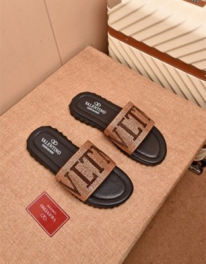 Valentino Slippers For Men #747329