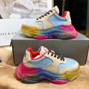 Balenciaga Casual Shoes For Women #759316