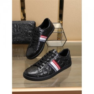 Versace Casual Shoes For Men #760344