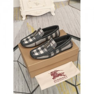 Burberry Casual Shoes For Men #761174