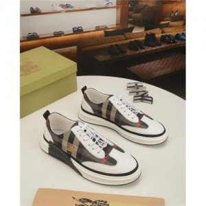 Burberry Casual Shoes For Men #761612