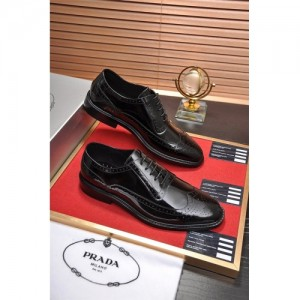 Prada Leather Shoes For Men #763597