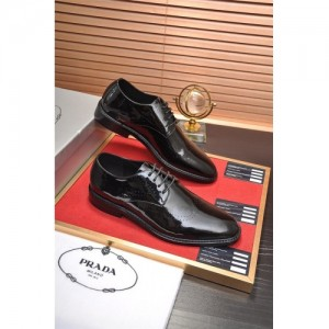 Prada Leather Shoes For Men #763610