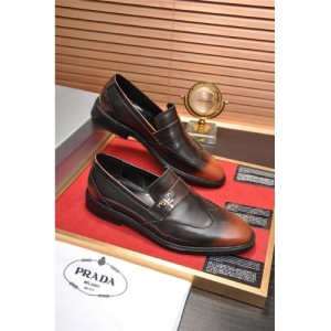 Prada Leather Shoes For Men #763612