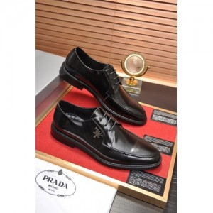 Prada Leather Shoes For Men #763615
