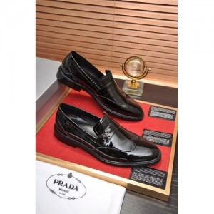 Prada Leather Shoes For Men #763616