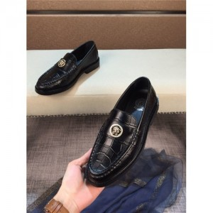 Versace Leather Shoes For Men #763840