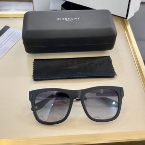 Givenchy AAA Quality Sunglasses #766373