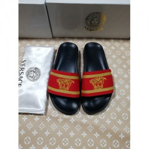 Versace Slippers For Women #767545