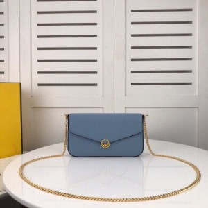 Fendi AAA Quality Messenger Bags For Women #769181