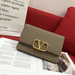 Valentino AAA Quality Wallets For Women #770663