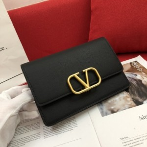 Valentino AAA Quality Wallets For Women #770664