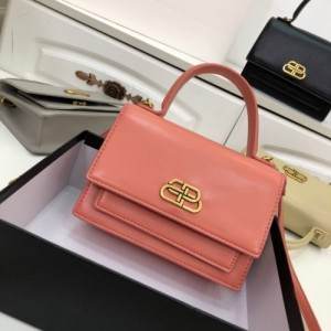 Balenciaga AAA Quality Handbags For Women #772997