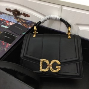 Dolce & Gabbana AAA Quality Handbags For Women #773078